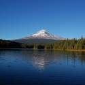 Since we were close, we drove over to Trillium Lake hoping to get a shot with lenticular cloud, but no luck this time